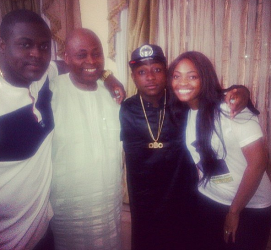 davido and famil - gidibase