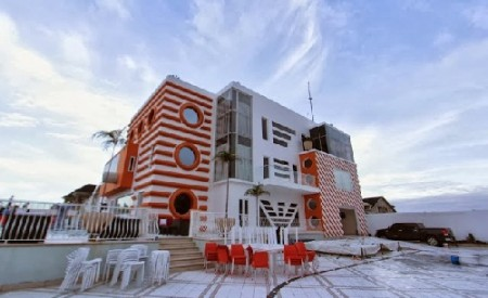 Meet the owner of the Most Expensive and Sophisticated House Ever Built In Nigeria