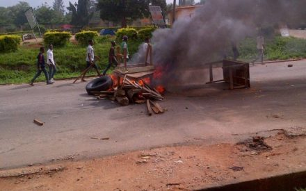 Policemen Shoot at 3 Polytechnic Students During Protest