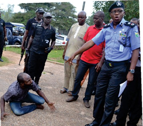 Police and omo olomo - gidibase