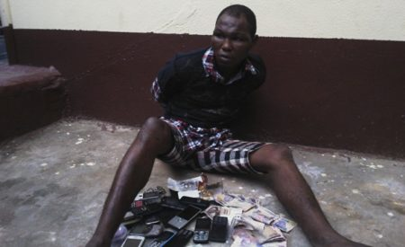 Lagos- Man Fights Back At Robbers With Bare Hands