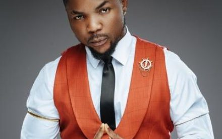 Kokanaye !! Video: Quilox Bouncers Descend On Oritsefemi, Beat Him Black & Blue