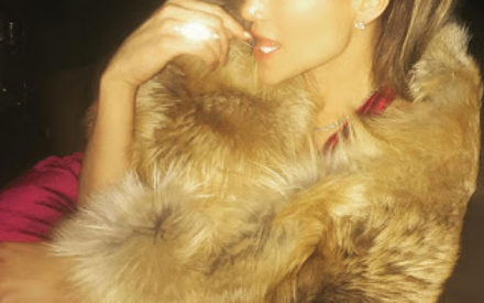 Money Talk!! Check Out the $100,000 Diamond Necklace Drake Bought for Jennifer Lopez